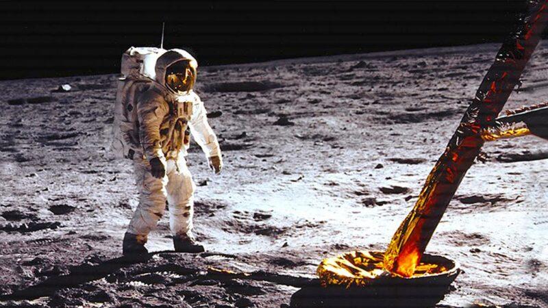 Moon landing live boardcast